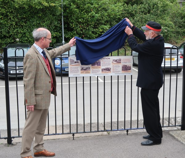 Unveiling of the new information board by Christopher Parker of the Geeening Lamborn Trust and Nicholas Lawrence of Radley History Club