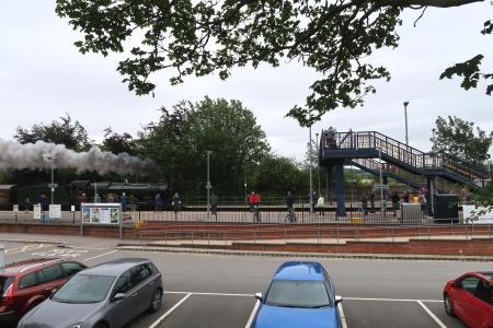 Steam engine Clun Castle entering Radley Station
