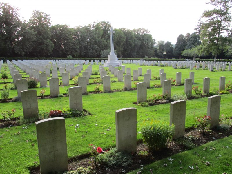 CWGC' cemetery at Botley in Oxford