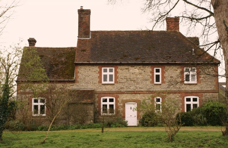 Former farmhouse at 87 Lower Radley in March 2007