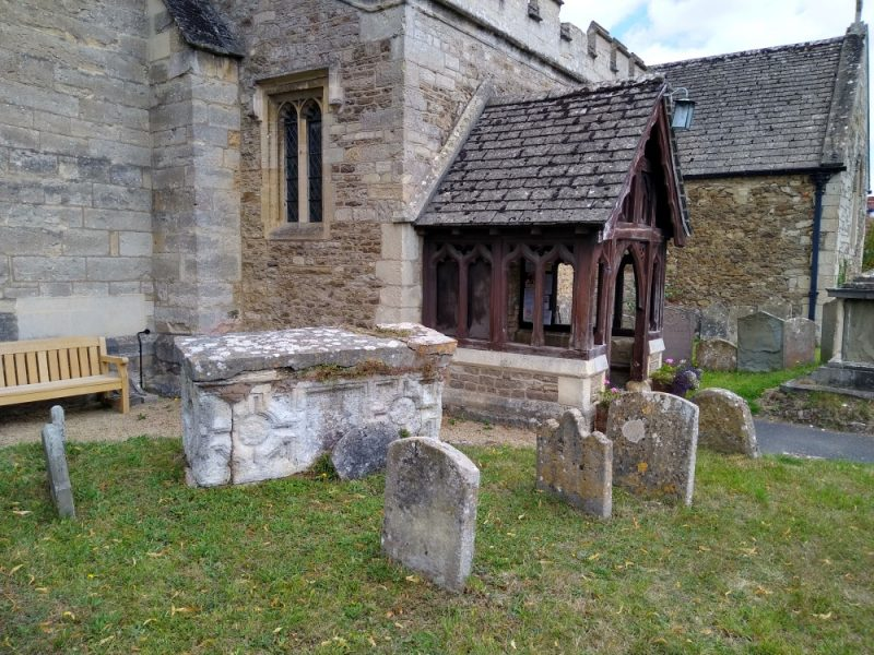 Cavalier's tomb in the churchyard at Radley Church, August 2021