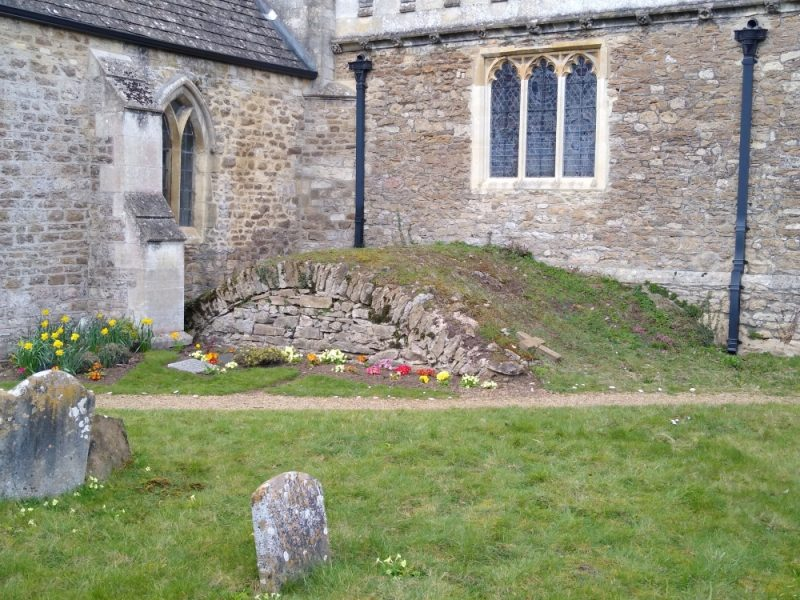 Top of the Stonhouse and Bowyer family vault next to the chancel wall in the churchyard at Radley Church, March 2021